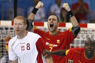 Bielecki, en un partido ante Espa�a en los Juegos Ol�mpicos de Pek�n