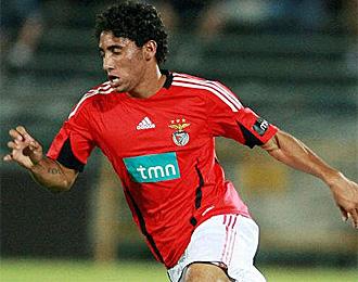 Urreta, en un partido con el Benfica