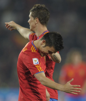 Villa celebra con un pase natural su primer gol frente a Honduras.