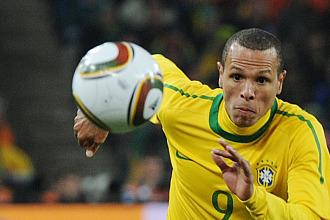 Luis Fabiano, jugando con Brasil