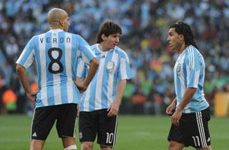 Messi, T�vez y Ver�n, los favoritos de Diego