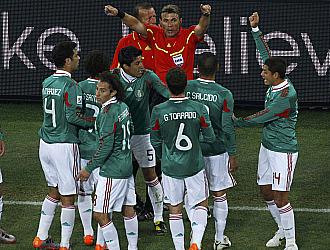 Las protestas de los jugadores mexicanos no surtieron efecto