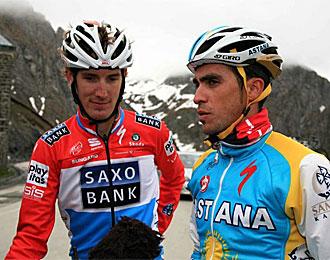 Contador y Andy Schleck coincidieron entrenando en la cima del Tourmalet.