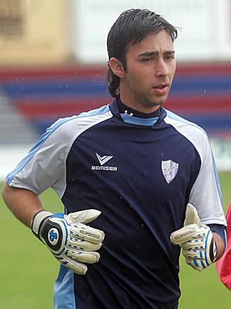 El portero Larrosa, durante un entrenamiento del Huesca de hace dos temporadas
