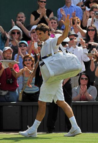 Roger Federer se despide del All England Club.