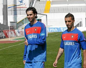 Tiago y Simao, con Portugal