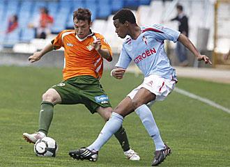Vasco Fernandes durante un partido con el Celta.