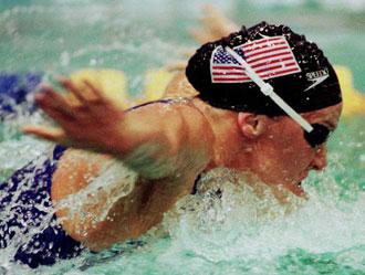 Jenny Thompson compitiendo en 1997