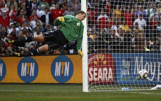 Neuer estuvo pillo ante el tiro de Lampard