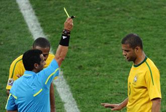 Felipe Melo amonestado contra Portugal