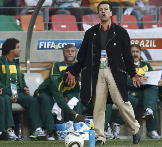 Dunga, durante el partido ante Holanda