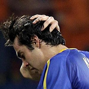 Kak� se lamenta tras fallar una jugada en partido ante Holanda