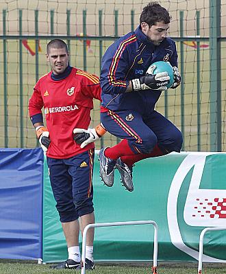 Vald�s y Casillas ejercit�ndose en una sesi�n preparatoria