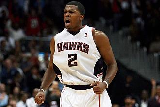 Joe Johnson jugando con los Hawks