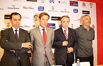 Francesc Rebled, el segundo por la izquierda, Ignasi Lleal, Carles Mascort y Joan Saguer, los nuevos responsables del Girona