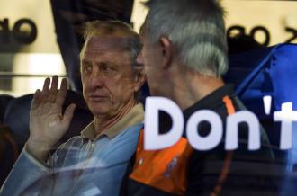Cruyff charla con el seleccionador holand�s, Bert van Marwijk