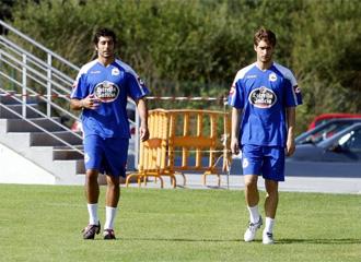 Manu y Piscu, durante un entrenamiento de la pasada temporada en Abegondo