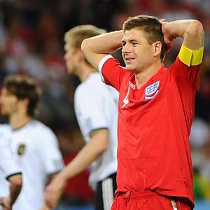 Steven Gerrard durante un partido con la selecci�n inglesa.