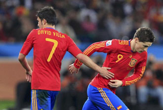 Villa siendo sustituido por Torres