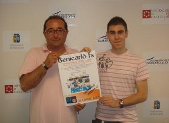 Kike, durante su presentaci�n como nuevo jugador del Benicarl� FS