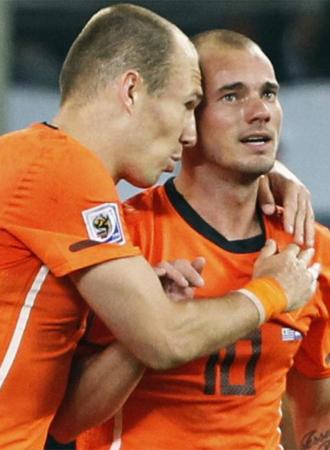 Robben y Sneijder, durante un partido.