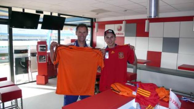 Jorge y su Team Manager, Wilco Zeelenberg FOTO: MARCA