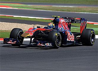 Alguersuari se fue cnotento de Silverstone.