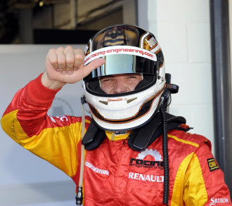 Dani Clos celebra su podio en Silverstone