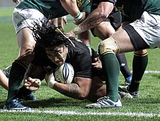 Ma'a Nonu consigue el segundo ensayo de Nueva Zelanda a pesar de la oposición de varios jugadores 'springboks'