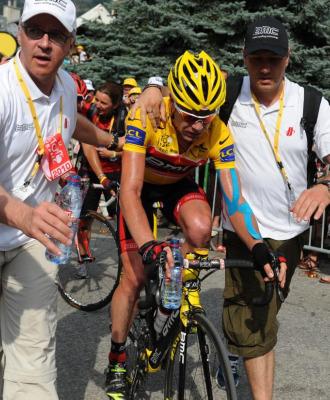 Cadel Evans despu�s de la etapa.