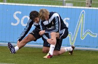 Ra�l y Guti, en un entrenamiento
