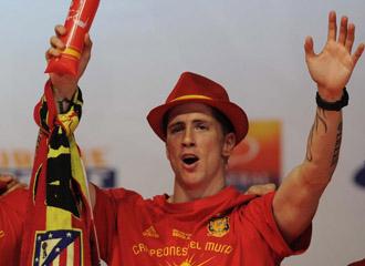 Fernando Torres celebrando la consecuci�n del t�tulo mundial
