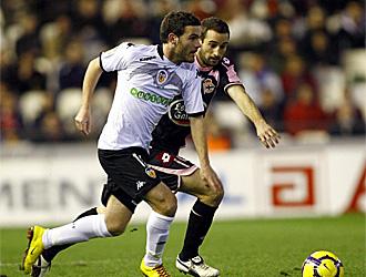 Mata, en un partido con el Valencia