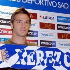 Edu Moya es presentado como nuevo jugador del Xerez