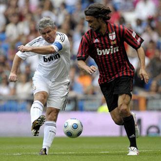Maldini visit� el Bernab�u hace poco con motivo de un partido ben�fico