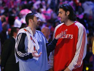 Scola y Navarro durante el All Star de 2008, donde jugaron el partido entre 'rookies' y 'sophomores'