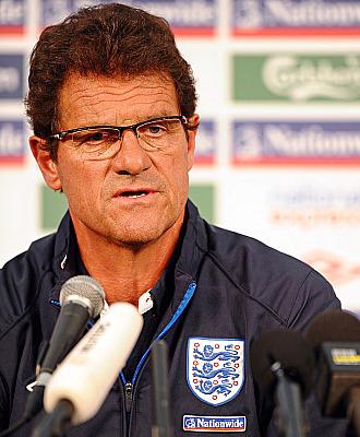 Capello, en una conferencia de prensa con la selecci�n inglesa