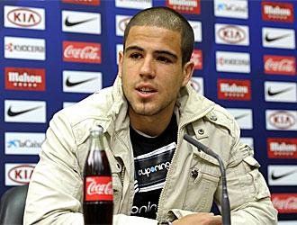 �lvaro Dom�nguez, en una rueda de prensa