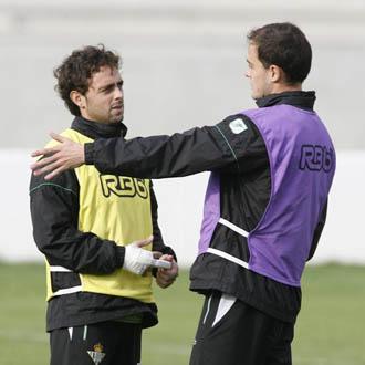 Nano non sabe si entra en los planes del nuevo entrenador; Pepe Mel