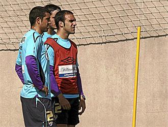 G�mez y Juanito, en un entrenamiento del M�laga