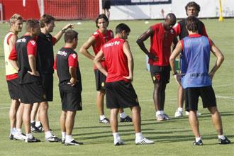 Los jugadores del Mallorca, durante un entrenamiento