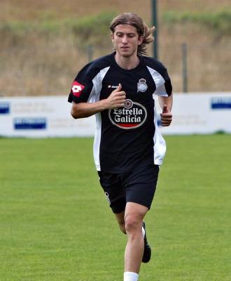 Filipe Luis haciendo carrera continua.