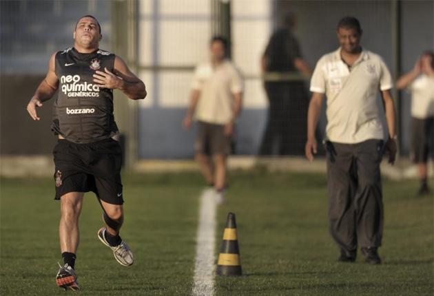 Ronaldo durante un entrenamiento en su recuperaci�n. FOTO. AFP