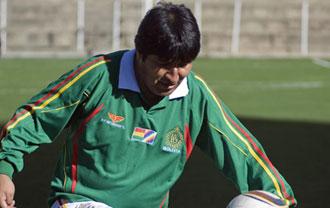 Evo Morales es un gran aficionado al f�tbol