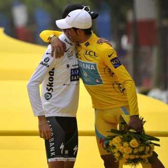 Alberto y Andy se abrazaron en el p�dium