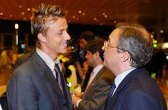 Guti con Florentino P�rez en el a�o 2001