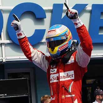 Alonso celebr� la victoria a lo grande
