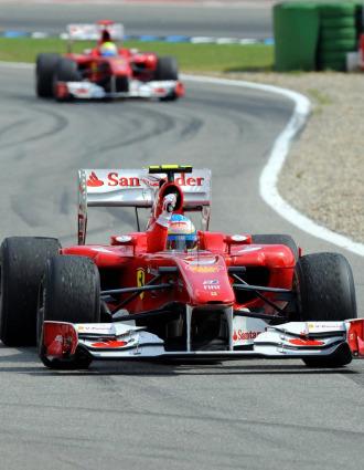 Fernando Alonso, por delante de Felipe Massa en Alemania