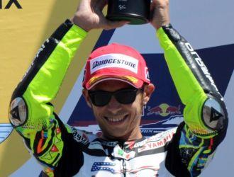 Rossi, feliz en el podio.