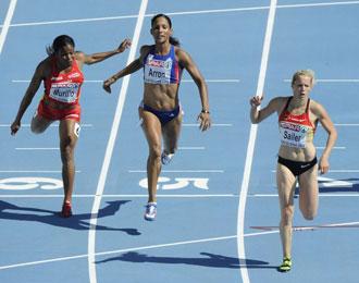 La mujer de Perea, Digna Luz Murillo, se clasific� tercera en la primera ronda de los 100 metros lisos femenino